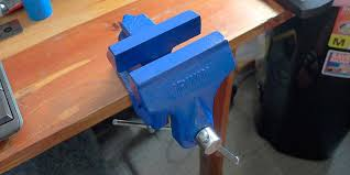 Wood Bench Vise Reviews by 5 Best Bench Vises Reviews Of 2017 Bestadvisor Com
