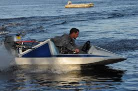 home built and fiberglass boat plans how to plywood ski making a mold 8ft speedboat 55 kph 20 hp homemade boat design net