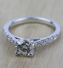 a beautiful trellis diamond engagement ring in white gold 0 84 ct