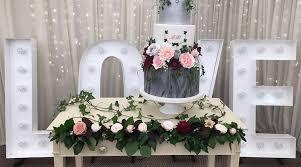 Wedding Cake Display Promise Picks Wedding Cake Display Cabinets U0026 Tables The