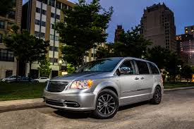 chrysler minivan chrysler town u0026 country 30th anniversary edition