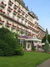 facciata a lago grand hotel des iles borromees stresa lago