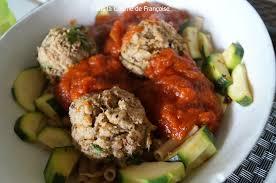cuisiner les restes de poulet roti boulettes avec un reste de poulet rôti dans la cuisine de françoise