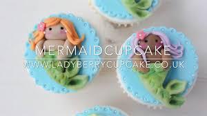 mermaid cupcakes mermaid cupcake berry cupcakes