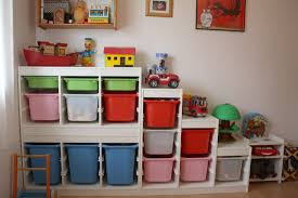 rangement chambre enfant ikea bye bye bazarland rangement jouets enfants trofast ikea