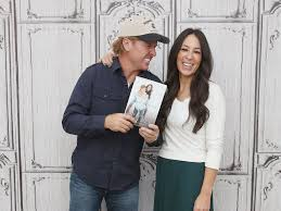 Chip And Joanna Gaines Book by Hgtv Fixer Upper Chip Joanna Gaines Church Homophobia