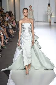 wedding dressing vogue edit meghan markle s wedding dress vogue