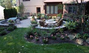 Patio Landscape Design In The Back 4 Backyard Landscaping Ideas And Tips Kg