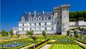 chateaux and wine around villandry villandry castle gardens pariscityvision
