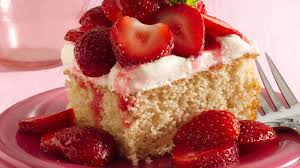 strawberry shortcake squares recipe bettycrocker com