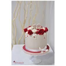 small elegant cake cake by naike lanza cakesdecor