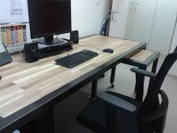 plateau bureau sur mesure bureau professionnel moderne en bois et métal réalisée sur mesure et