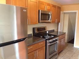 two tone kitchen designs best 25 two tone kitchen ideas on