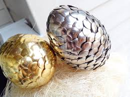 metallic easter eggs diy metallic easter eggs the refurbished