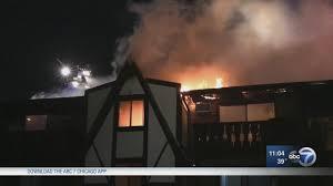 fire rips through westmont apartment building abc7chicago com