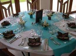 tons mariage pour une soirée à thème sur la mer ou l océan dans les tons bleu