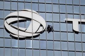 bureau change la defense at 55 keeps climbing s skyscrapers when
