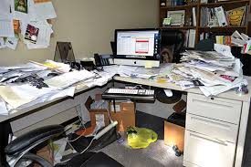 Organize Desk At Work Clean And Organize Office Desk Office Space Hotels And Shopping