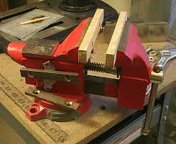 bench top fuller vise and repair benchtop woodworking tools