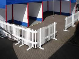inexpensive portable white privacy fence ideas http lanewstalk