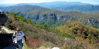 table rock hiking trail rock mountain hiking trail linville gorge