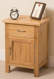 Small Bedroom Side Tables Boston Solid Oak 1 Drawer 1 Door Bedroom Bedside Table Cabinet