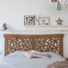 Schlafzimmer Betten G Stig Bett Aus Massivholz Günstig Kopfteil Exotisches Holz Tikamoon