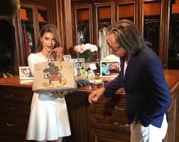 shiva safai mohamed hadid shiva safai talks about her 33 year age gap with mohamed hadid and