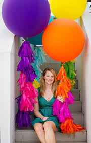 balloons that float 1074 best woman and balloons images on balloons