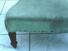teindre tissu canapé nanouanne peindre un fauteuil en velours