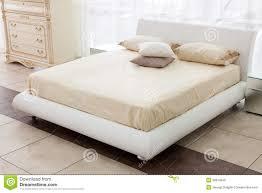 chambre à coucher italienne chambre à coucher italienne moderne de style image stock image
