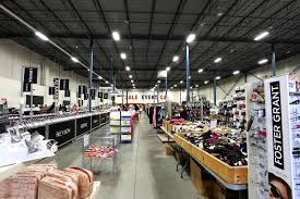 warehouse sale event pickering markets