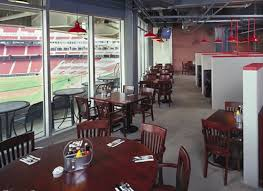 where to eat at great american ballpark home of the cincinnati