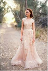 Rustic Barn Wedding Dresses 2016 Wedding Dress And Cake Trends The Mohicans Rustic Barn