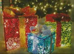 indoor lighted gift boxes merry brite set of 3 christmas lighted gift boxes indoor outdoor