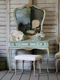Vanity Bedroom Cheap Vanity Sets For Bedroom Gallery With Small Makeup Pictures