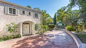 Tom Cruise Home by Tom Cruise Completes His Mission To Sell In Beverly Hills La Times