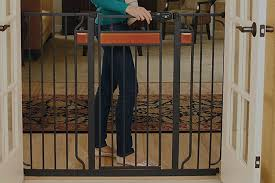 Best Baby Gate For Banisters Best Baby Gates Review U2013 Thisyear Com Product Reviews