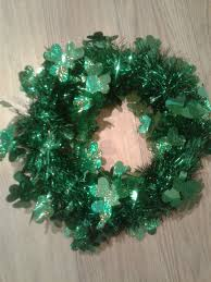 Christmas Tree Wreath Form - crazy diy mom st patrick u0027s day front door wreath diy