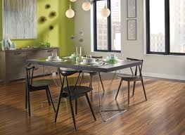 Laminate Wood Floors In Kitchen - pergo at lowe u0027s hardwood and laminate flooring and moulding