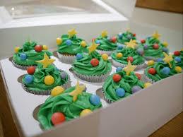 christmas tree cupcakes and chocolate piñata mummy makes cakes