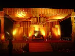 special lightning effect enhances the beauty of your wedding decor