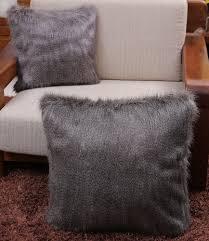 Faux Fur Throw Pillow Kanekalon Fiber Faux Fur Brown Lamb Fur Pillow Cushion With Insert
