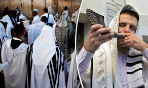 yom kippur 2017 when is yom kippur and how is it celebrated