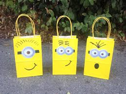 minion gift bags 12 minions theme party favor bags 12 despicable mefavor