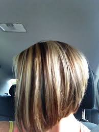 bolnde highlights and lowlights on bob haircut two toned short haircuts featuring blonde and brown hair colors