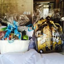 gift baskets los angeles the last crumb gift baskets 45 photos 13 reviews flowers