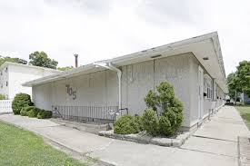 2 Bedroom Apartments In Bloomington Il by Bloomington Il Apartments For Rent Apartment Finder