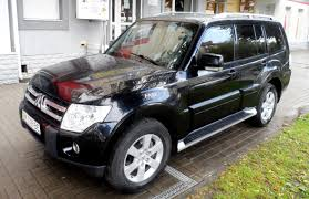 mitsubishi pajero 2008 2008 mitsubishi pajero wagon news reviews msrp ratings with
