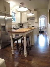 bungalow kitchen ideas 10 best bungalow images on craftsman bungalows